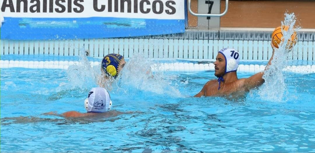 El Waterpolo Tenerife Echeyde cae en su debut frente al Barceloneta con un gran último cuarto